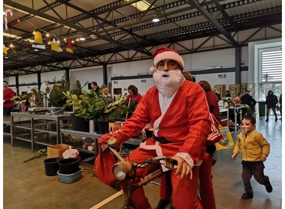 Chegada do Pai Natal ao Mercado de Ílhavo no CRIAI de Natal